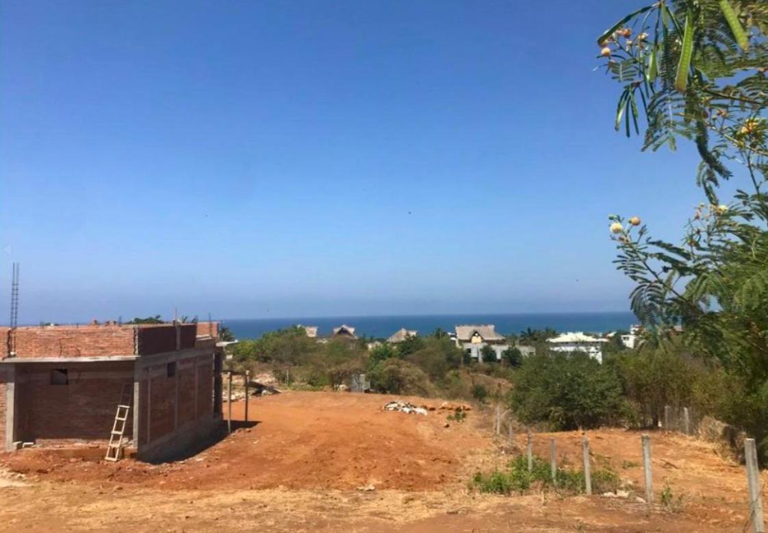 Punta de Zicatela / 556 m2 / vista al mar / cerca de carretera 1