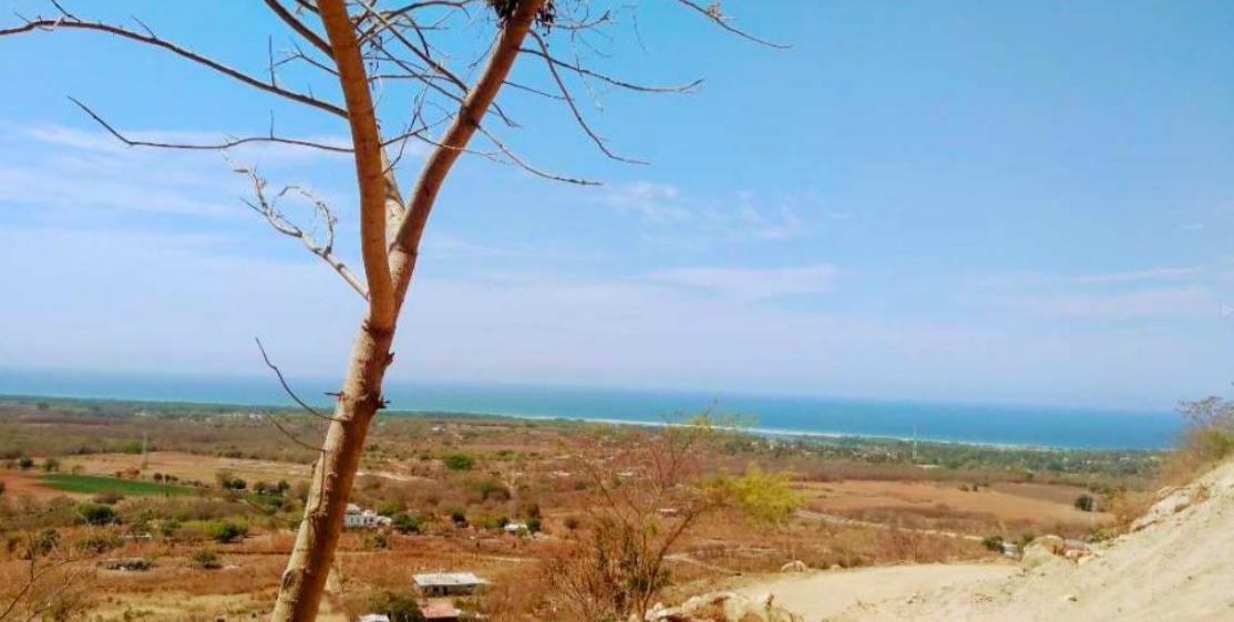 Barra de Colotepec/1345 M²/ Vista inigualable al mar 1