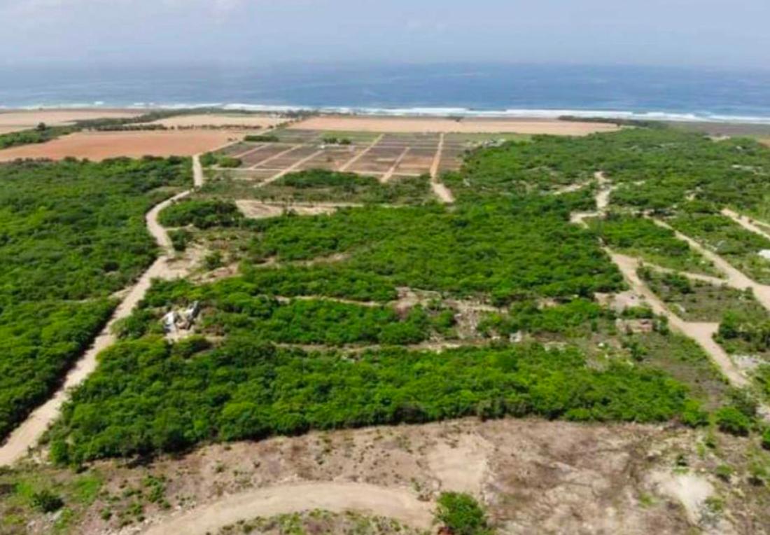 Playa Tierra Blanca 🏝️/300 m²/Vista Panorámica al mar 1