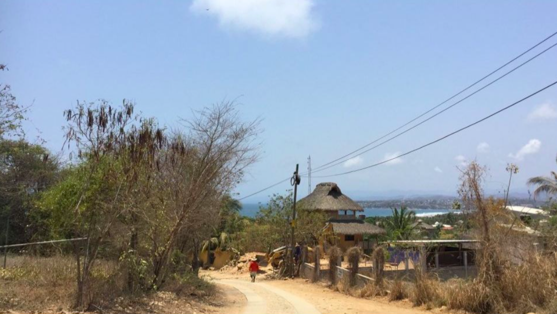Punta Zicatela/ terreno 400m2/ parte alta de la punta 1