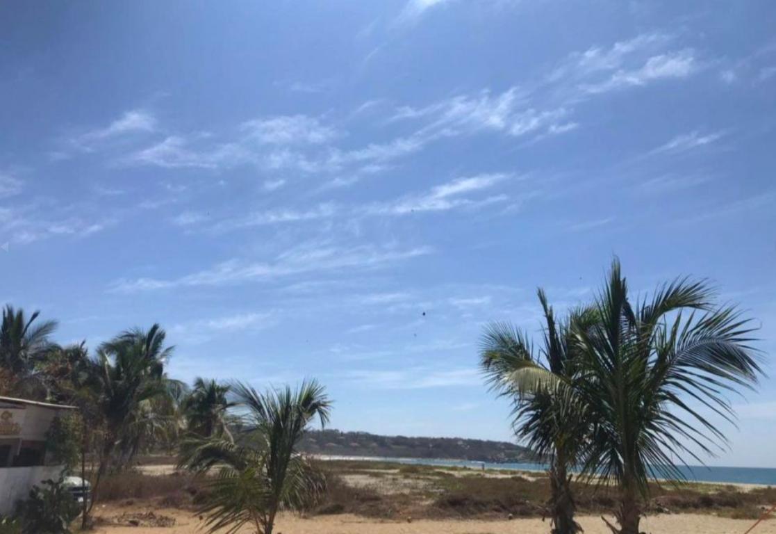Punta de Zicatela / 1200 m2 / Frente de playa / Concesión 1