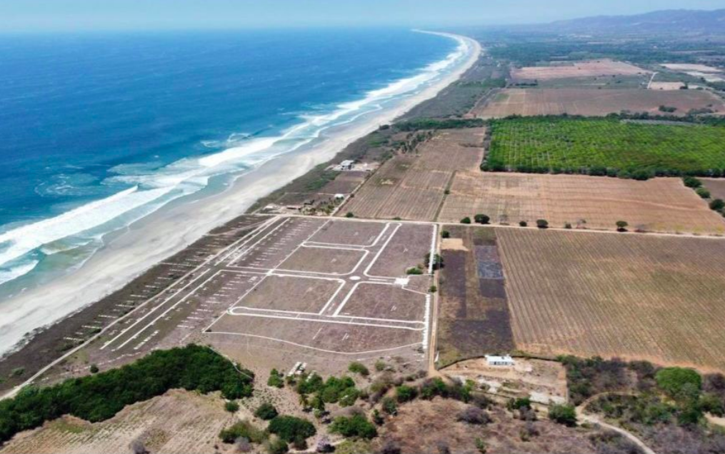Plataforma / Lotes de 600 - 1000 m2 / Frente de playa 1