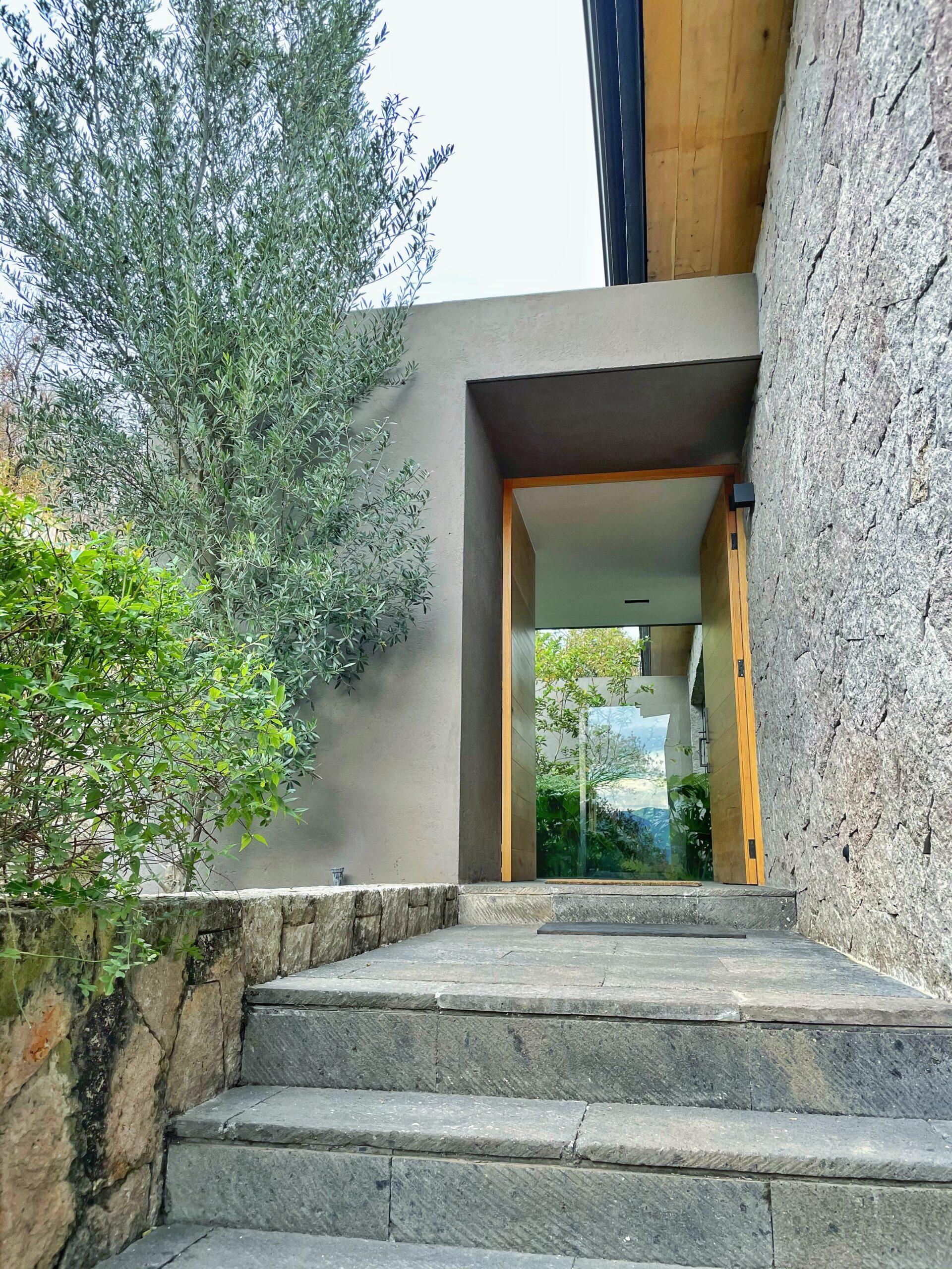Moderna casa en venta, Increíble Vista al Lago, El Santuario, Valle de Bravo. 41