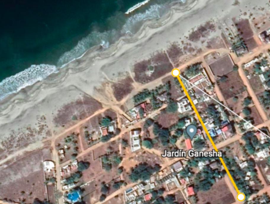Tamarindos / Terreno 300 m2 con casa 2 rec / 200 m de la playa 1
