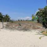 Roca blanca / terreno 504 m2 / frente de playa 6