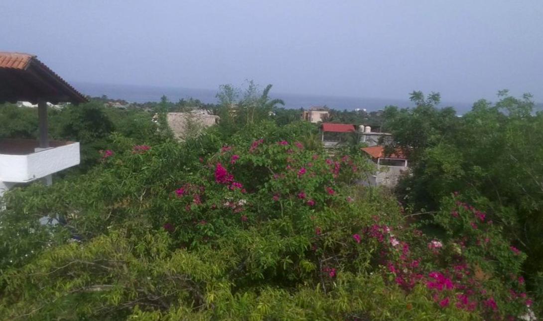 Punta de Zicatela / 290 m2 / esquina con vista al mar 1