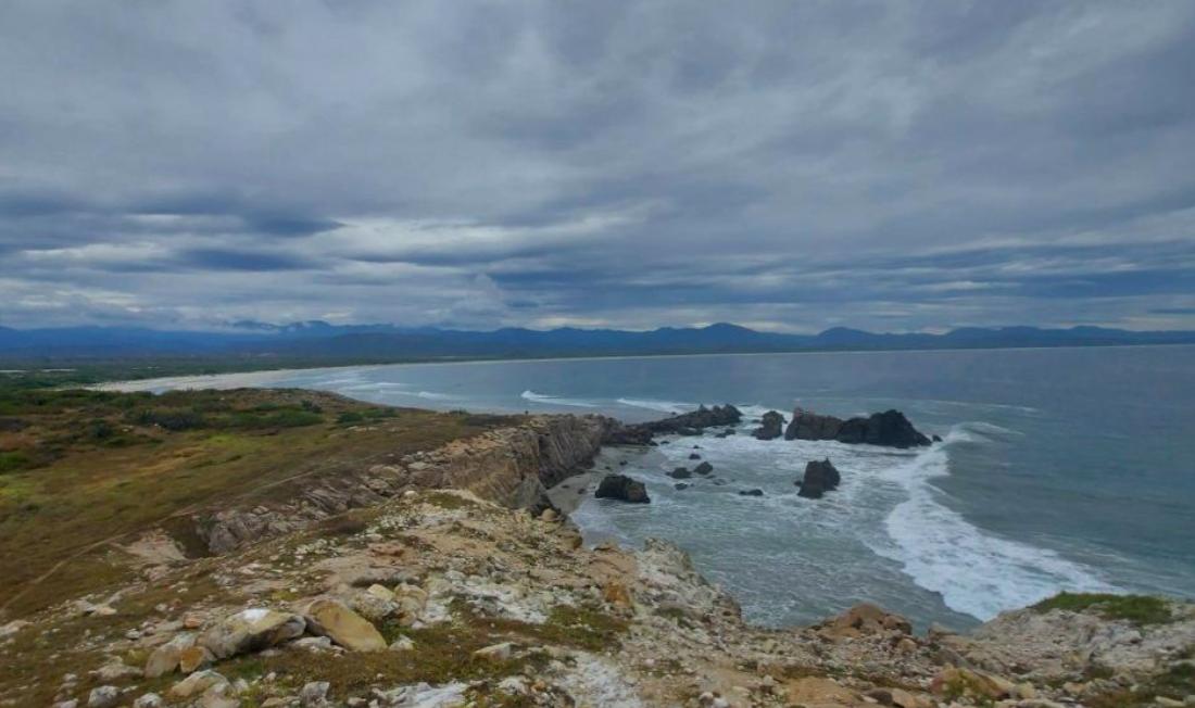 El Faro Coyul/ Lotes de 1000 m2 / Frente de Playa virgen 1