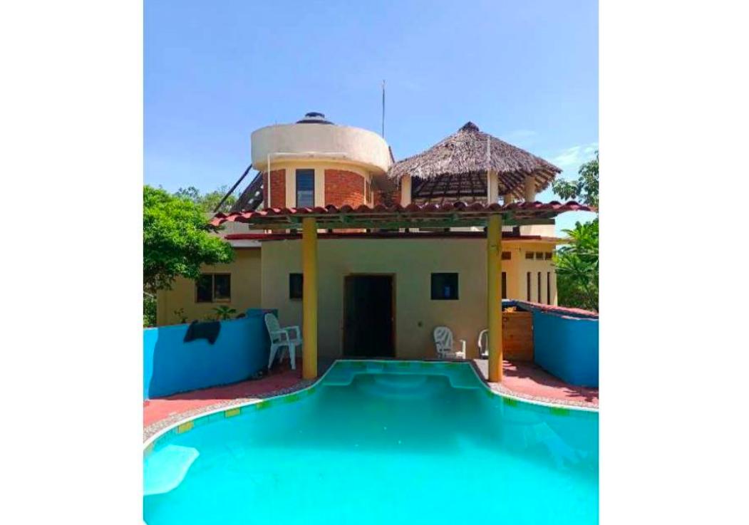 Casa en Santa Elena Tonameca/10,000 m²/ a 300 metros del mar 1