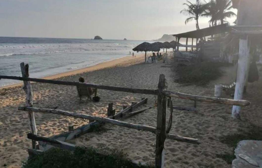 Playa zipolite / 420m2 con frente de playa / zona de alta plusvalía 1