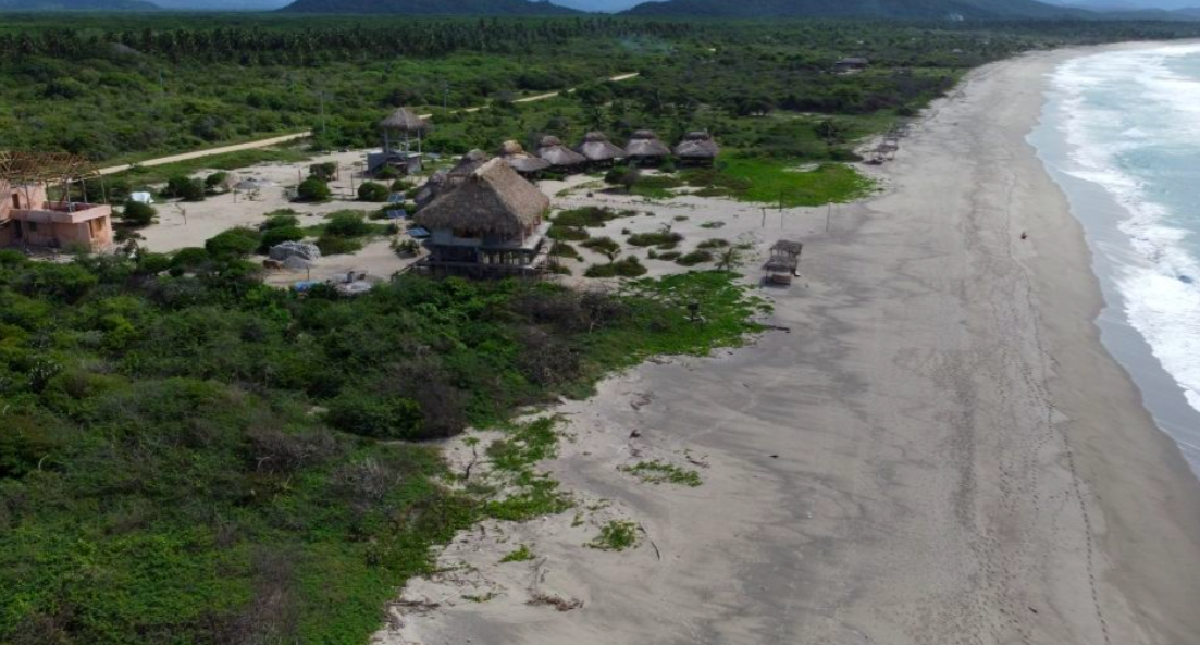 Chacahua / 2,000 m2 / Frente de Playa 1