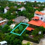 Punta Zicatela / 300 m2 / Calle principal 2